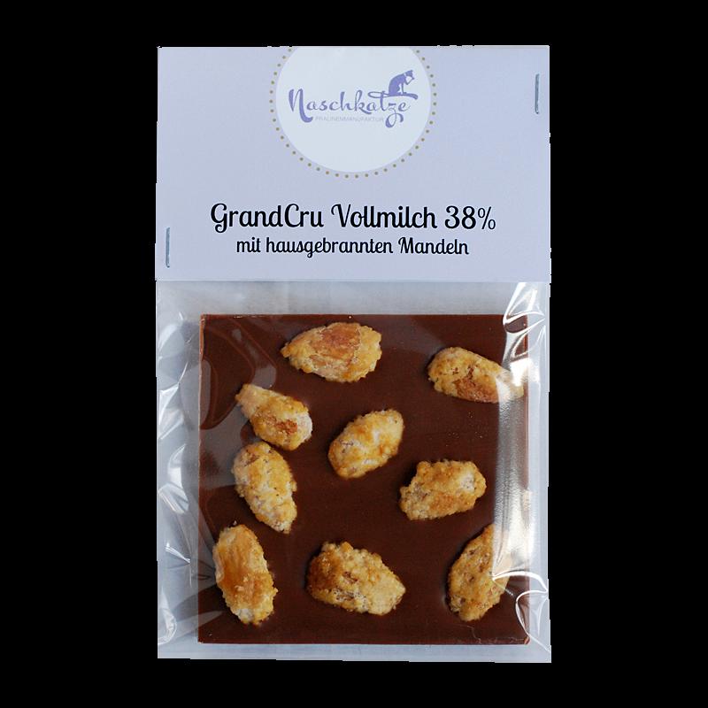 Schokoladentafel mit hausgebrannten Mandeln
