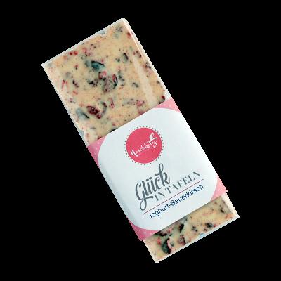 Weiße Jogurtschokolade mit Sauerkirschen